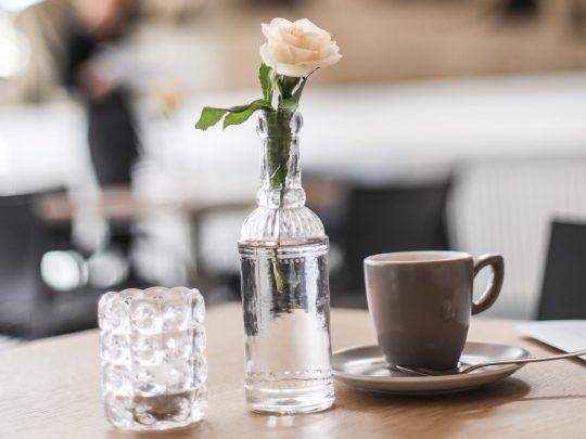Blick in das Café Kunsthalle. Foto: Wynrich Zlomke