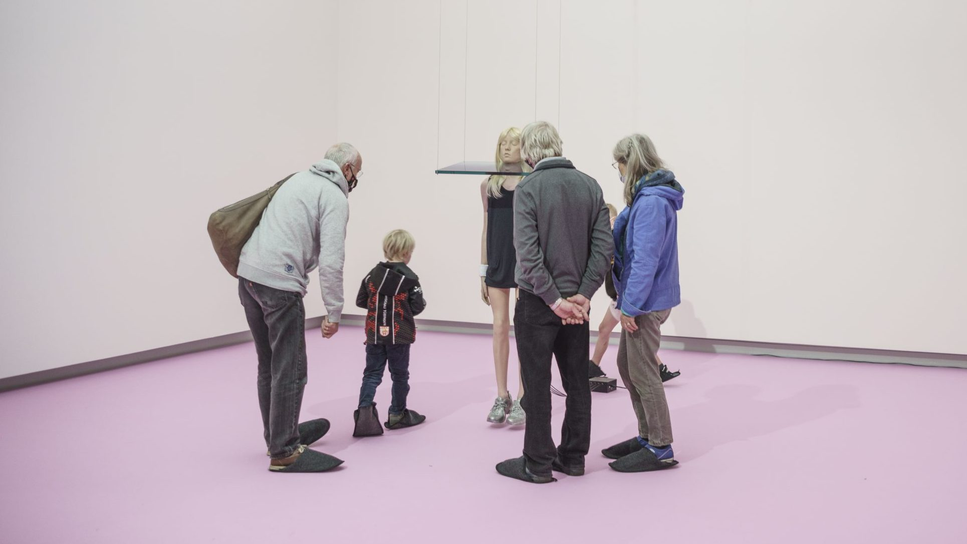 Blick in die Supernatural-Ausstellung in der Kunsthalle Tübingen. Foto: Ulrich Metz, 2020