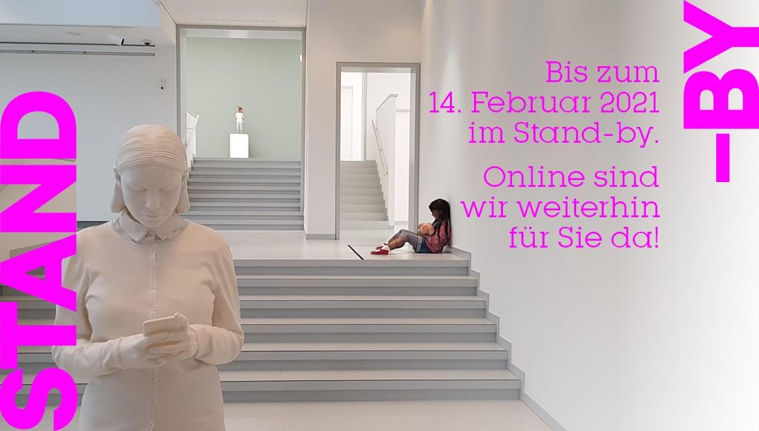 Blick in die SUPERNATURAL-Ausstellung der Kunsthalle Tübingen. Für das Werk von Alex Hanimann gilt© VG Bild-Kunst, Bonn 2020